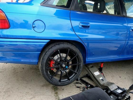 Astra f Stufenheck Umbau die 300er Bremse hinten