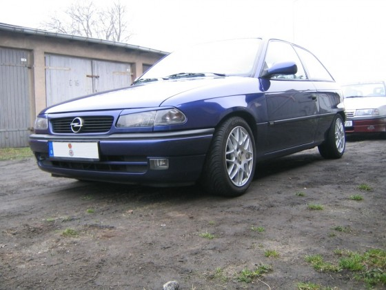 Shorty_GSI Astra F C20XE 2003 Front